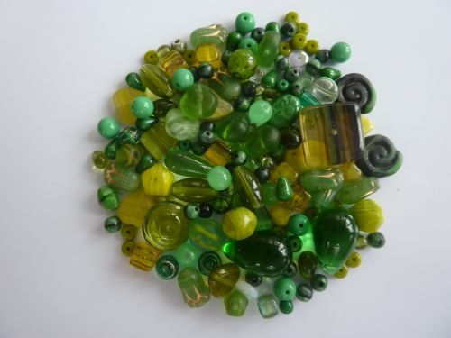 250 Mixed Glass Acrylic Jewellery Making Craft Beads Jungle